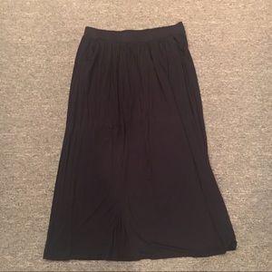Dresses & Skirts - Black jersey knit maxi skirt XL